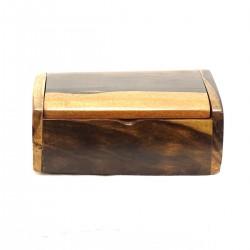 Objets en bois précieux...